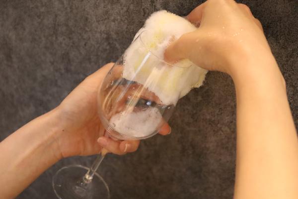 ワイングラスの正しい洗い方2