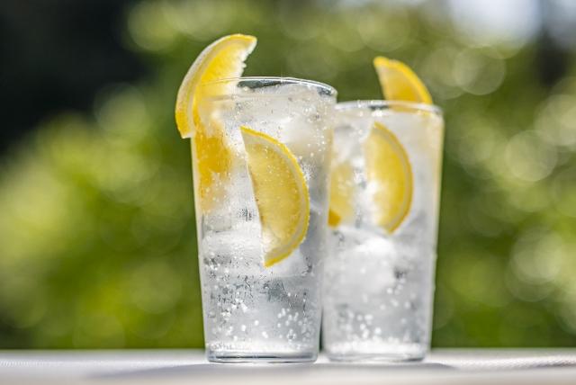 レモンサワーの作り方1